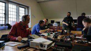 Acções Radiotelegráficas QRS @ 7025 kHz to 7035 kHz